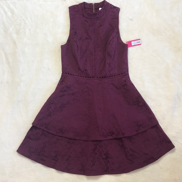 Xhilaration Dresses & Skirts - NWT Tiered Target Dress Maroon with Detailing